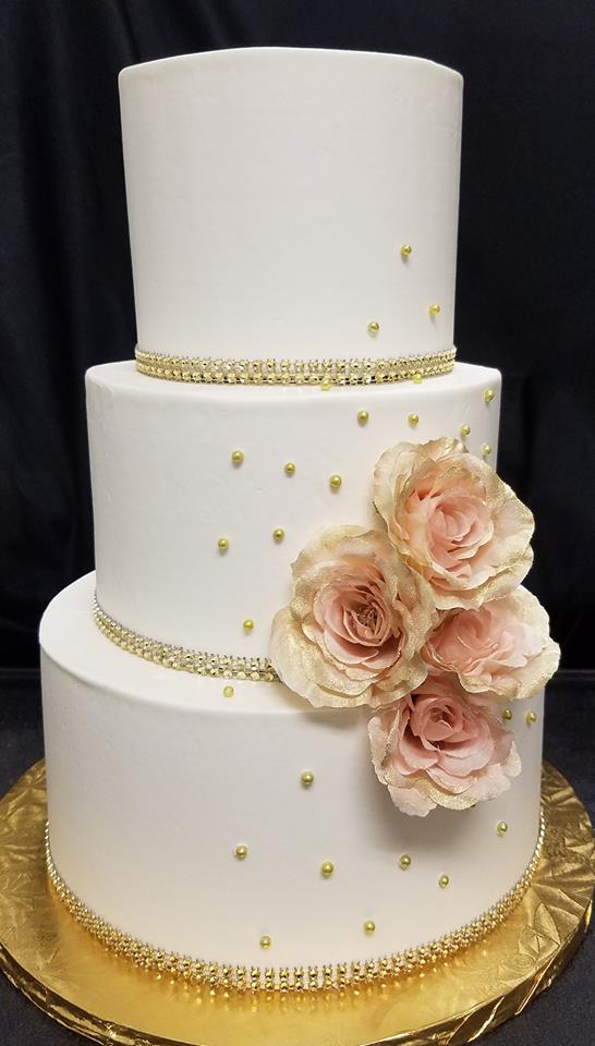 White cake with Pale Pink Flowers