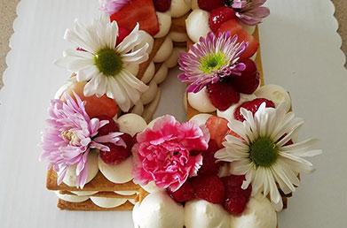 Number 4 Flower Cake